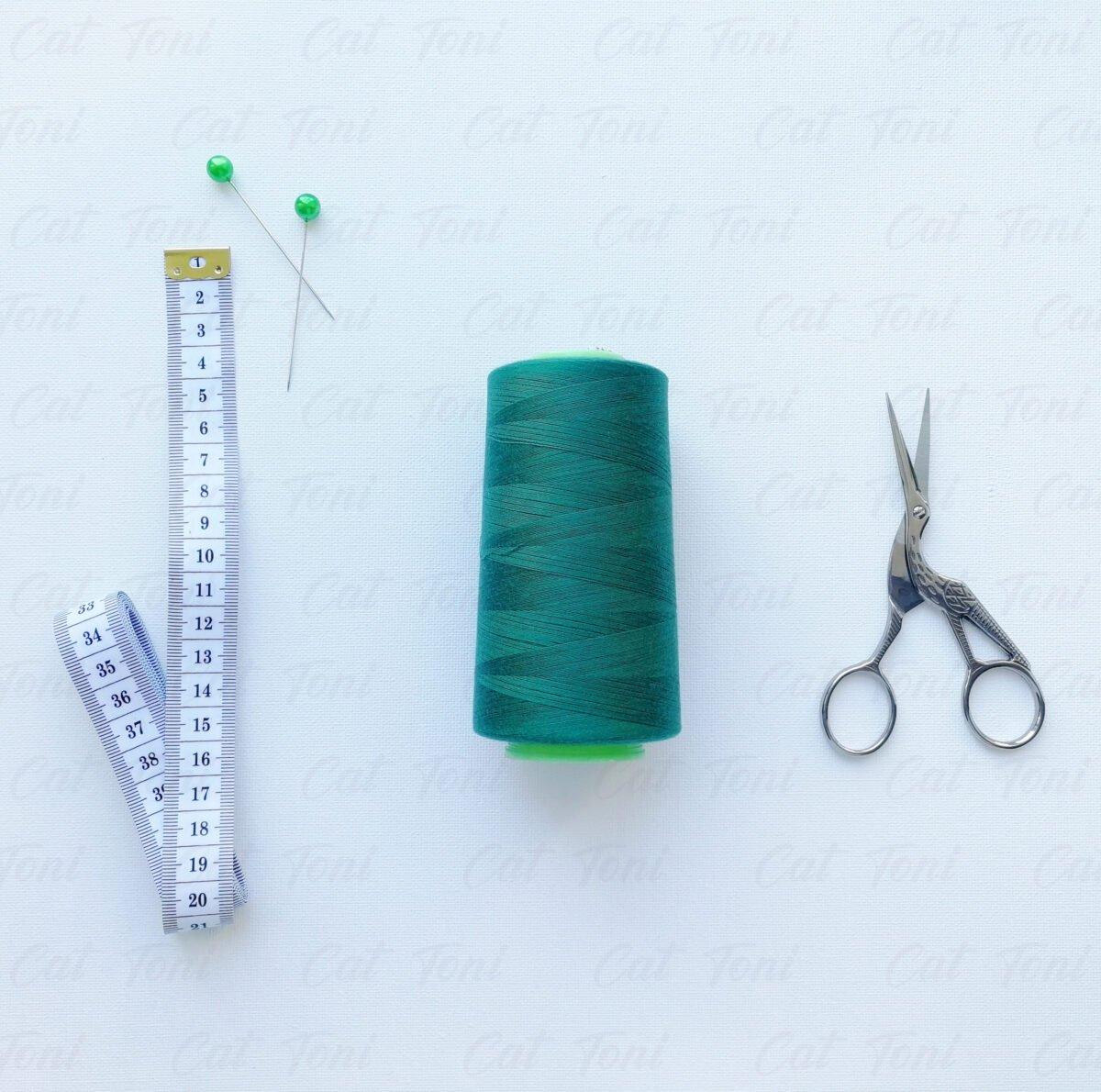 Бобина швейная цвета Темно-изумрудная нитка