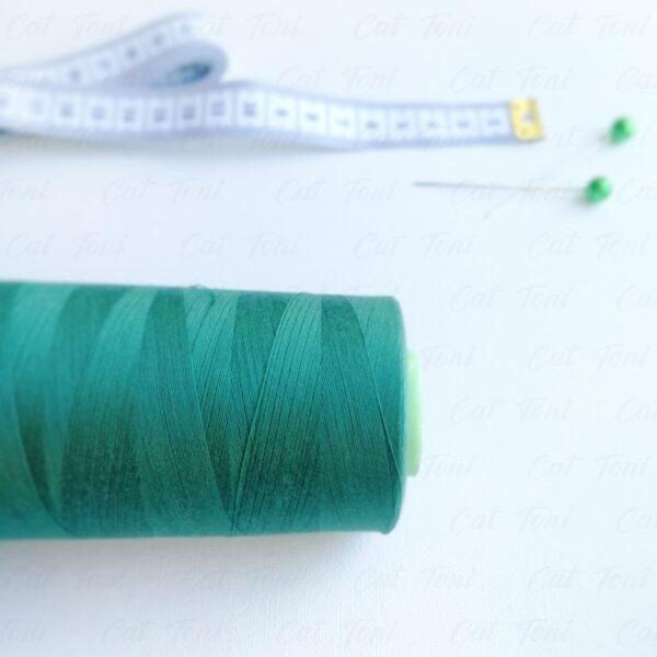 купить Бобина швейная цвета Темно-изумрудная нитка