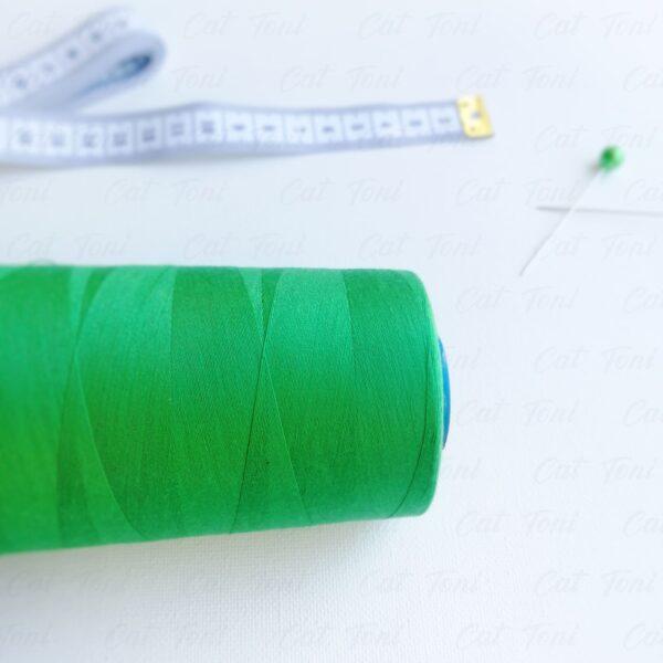 швейные нитки Зеленая цвета бобина 5000 ярд